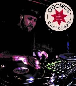 DJ Vinyl Richy